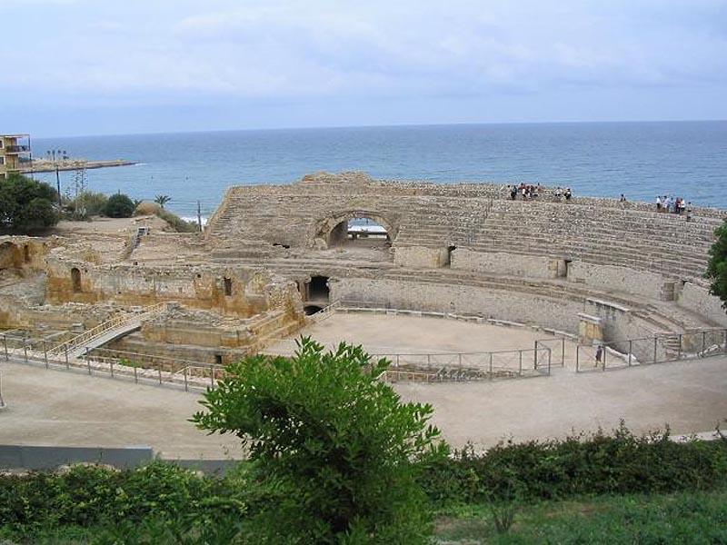 Руины римских сооружений в Тарраконе