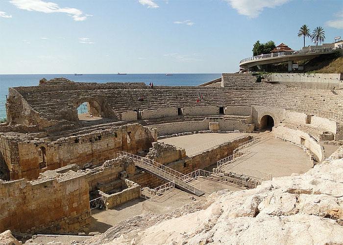 Останки римского амфитеатра в Тарраконе