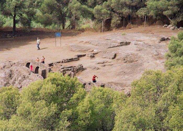 Останки замка в Бабастро