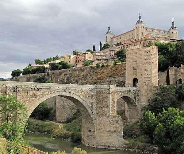 Мост Алькантара в Толедо (XIII в.)