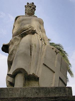 Альфонсо XI Справедливый - король Кастилии и Леона в 1312 — 1350 г.г.
