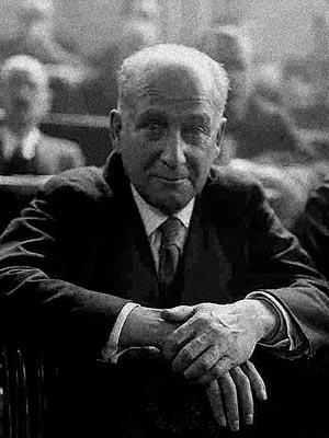 Франсиско Ларго Кабальеро — испанский политик-синдикалист, председатель правительства 1936-1937 г.г.