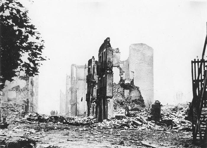 Герника после бомбардировки 26 апреля 1937 г.