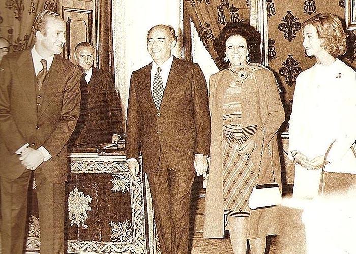 Король �спании Хуан Карлос I де Бурбон принимает президента Мексики Хосе Лопеса Портильо в октябре 1977 года после возобновления дипломатических отношений