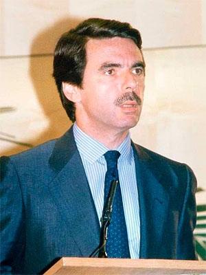 Хосе Мария Аснар — испанский государственный и политический деятель, премьер-министр �спании с 1996 по 2004 годы