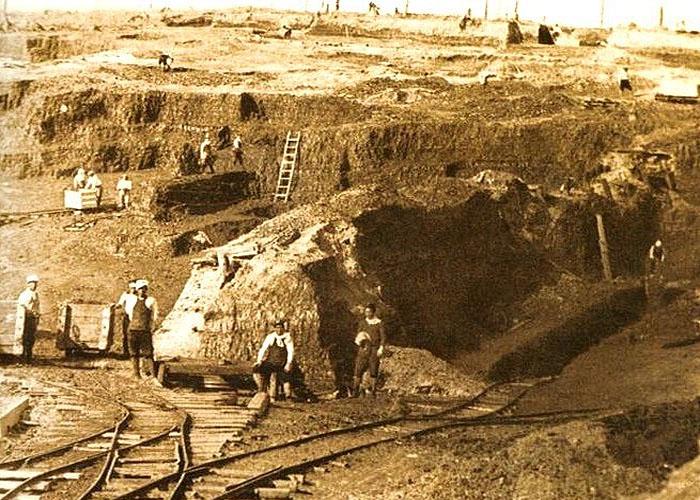 Добыча угля в �спании  в XIX веке