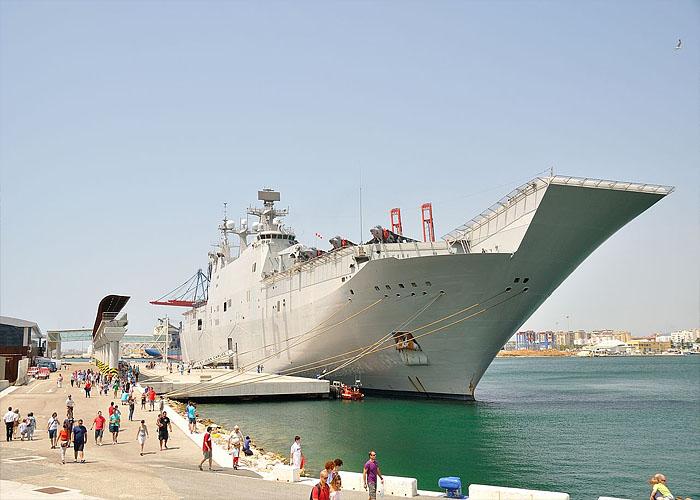 Вооруженные силы �спании: десантный корабль El Juan Carlos I (L-61)